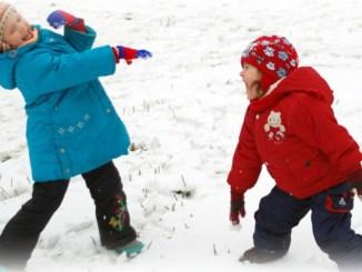 Ніхто не хворіє від холоду. Не тримайте дітей вдома!