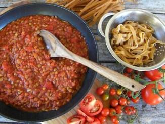 Що покласти до пасти: 10 найкращих рецептів соусів до макаронів