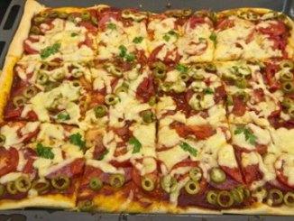 Смачна домашня піца за 30 хвилин. І ніяких сухих коржів