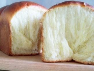 Покроковий рецепт молочного хліба. Виходить настільки м'яким і ніжним, що нагадує солодку вату!