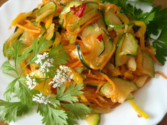 Салат з кабачків по-корейськи
