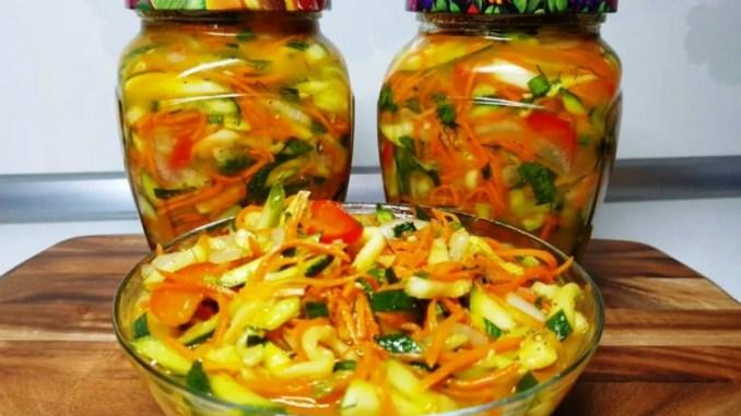 Надзвичайно смачна закуска з кабачків і огірків на зиму. Всі просять рецепт