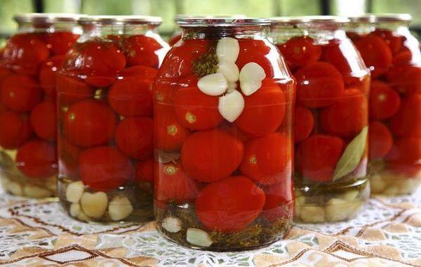 Заготівля помідорів на зиму без оцту — рецепт, перевірений роками!