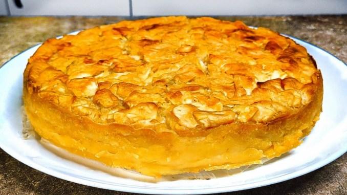 Багато начинки і мало тіста! Яблучний пиріг на кефірі, смачніший ніж шарлотка
