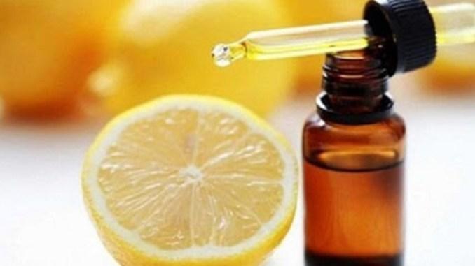 Вичавіть 1 лимон, змішайте з 1 столовою ложкою оливкової олії, і ви запам'ятаєте це до кінця вашого життя!