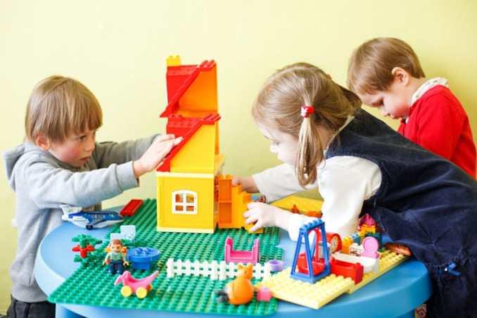 Популярність конструкторів LEGO – в чому їх секрет?