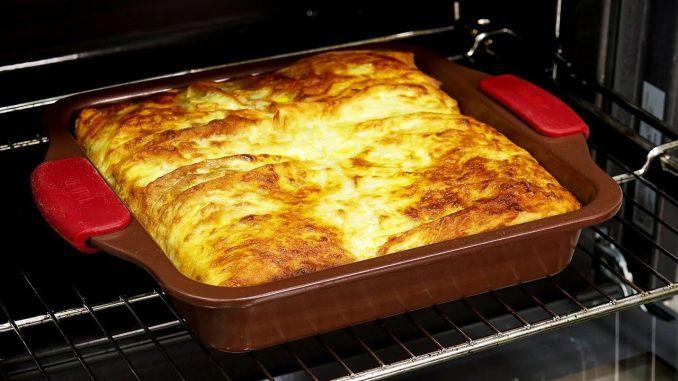 Ось як потрібно готувати пиріг з капустою! Випікати всього 20 хвилин!