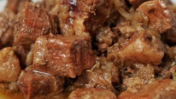 Один раз в тиждень готую таке м'ясо і тільки міняю гарніри. М'ясо просто тане в роті!