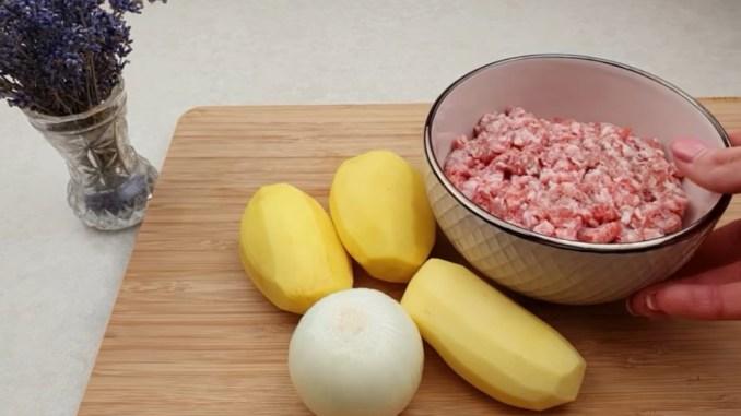 Просто картопля і трохи фаршу! Відмінний рецепт смачної і ситної вечері