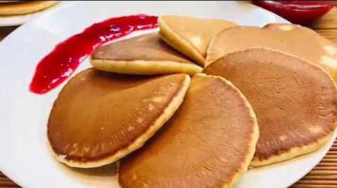 Готую їх на сніданок за 15 хвилин, моя сім'я їх обожнює! Найпростіший рецепт панкейків на молоці