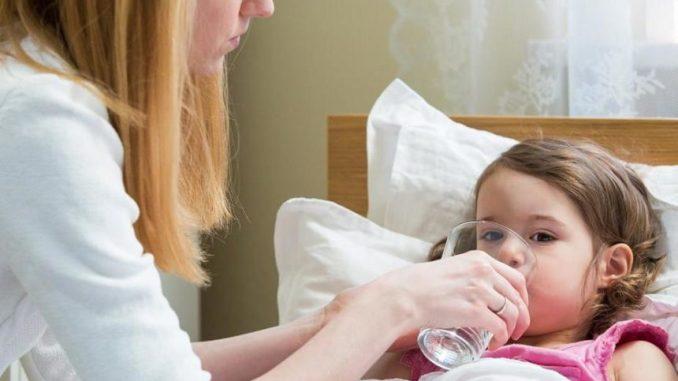 КОЖНА МАМА ПОВИННА ЦЕ ЗНАТИ, якщо ваша дитина захворіла! ЛІКАР-ПЕДІАТР: план дій у боротьбі з ТЕМПЕРАТУРОЮ