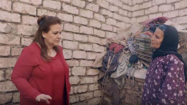 دلال عبدالعزيز تثير الجدل بإعلان تجاري والأزهر
