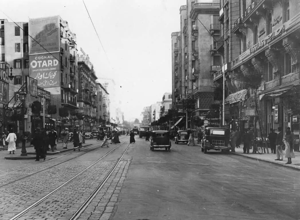 أحد شوارع القاهرة قديما