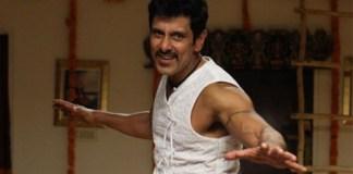 Chiyaan Vikram Unveils Thaandavam