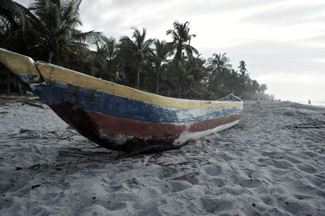 Palomino Colombia Boot am Strand