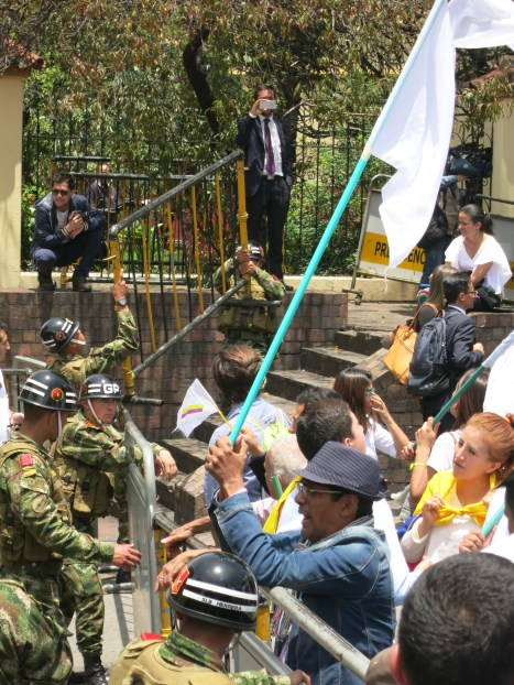 marcha-estudiantil-por-la-paz-bogota-05-09-2016-036