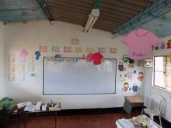 Der Klassenraum mit den Namen der Schüler ©Stephan Kroener