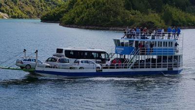 Ferry Berisha in Koman Lake (5)