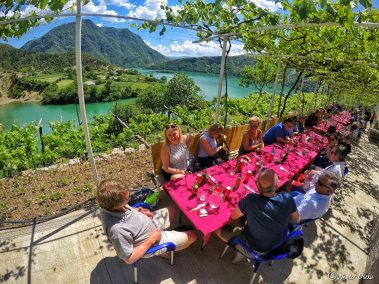 Komani Lake Guesthouse (6)