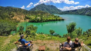 One Day Tour in Komani Lake