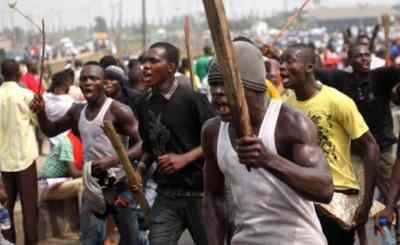One Shot As Urhobo, Itsekiri Youths Clash