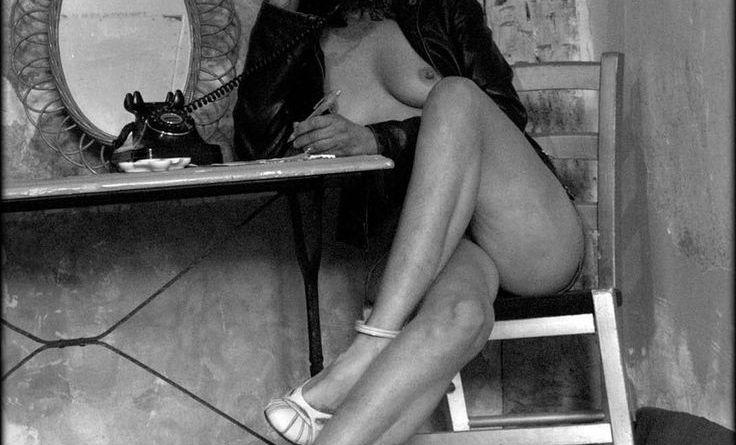 Helmut Newton se erotiese foto's