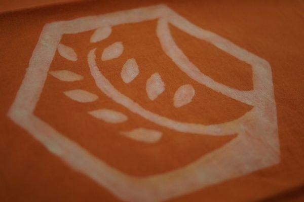 手染めのロゴ