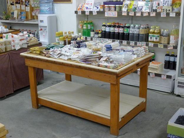 商品台の大の写真 2012年2月29日