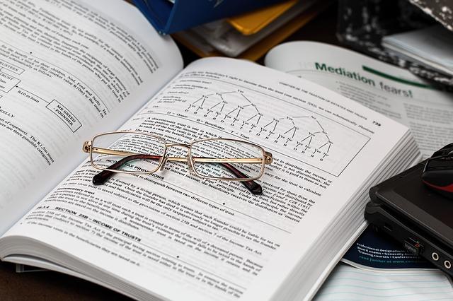 教養科目のおすすめ試験対策参考書(公務員試験)