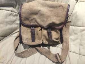 1_close_bag_front