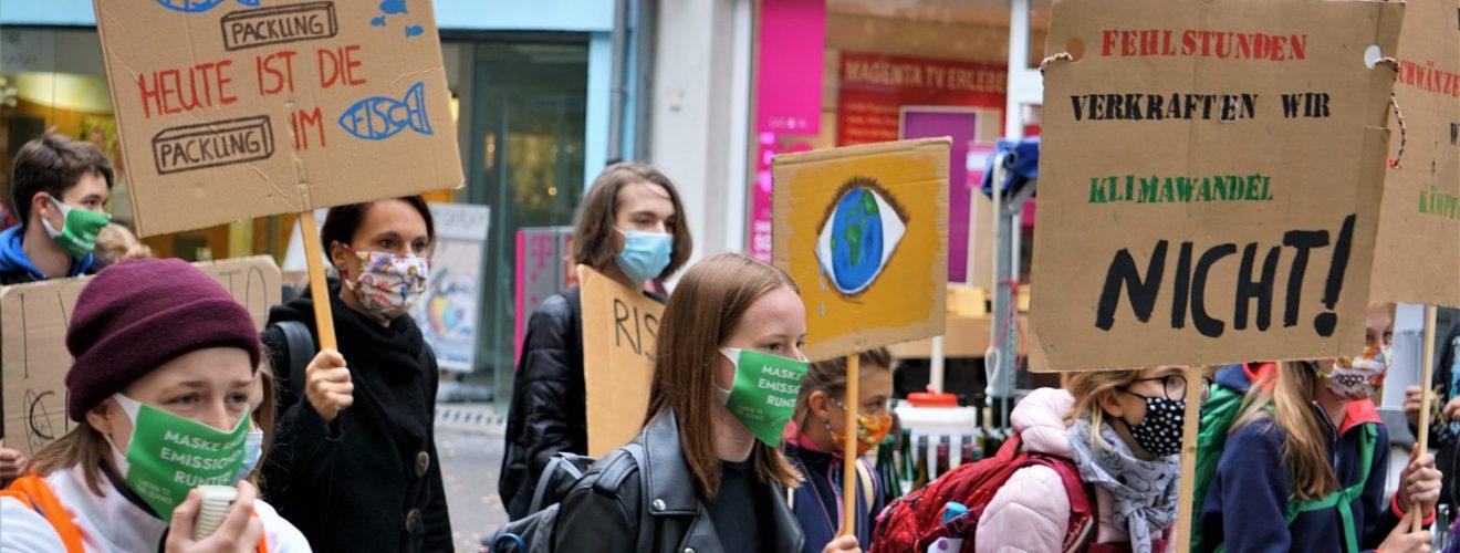 """Fridays for Future-Klimademo auch in Frankenthal (Pfalz): """"Empört Euch, die Welt gehört euch."""" (mit Bildergalerie)"""