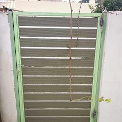Πόρτα ανοιγόμενη γαλβανιζέ