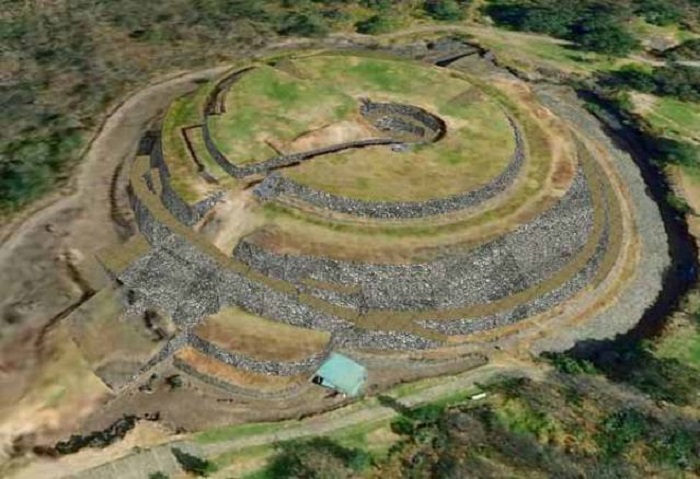 La Pirámide de Cuicuilco