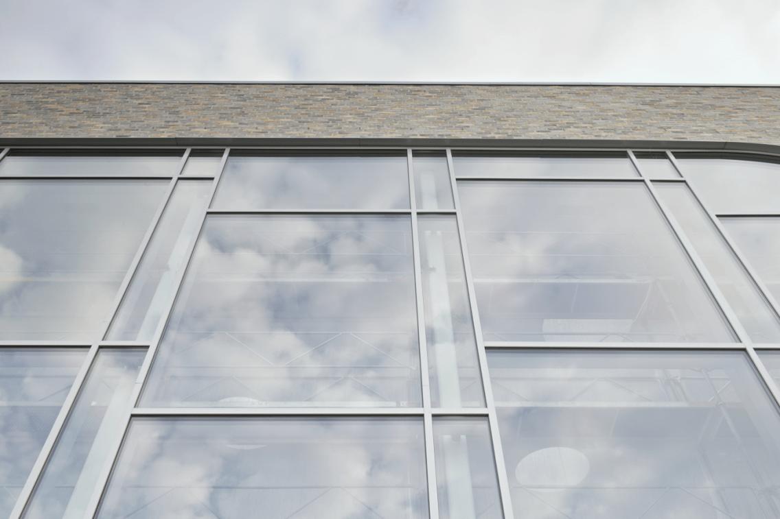 конструкции из алюминиевого профиля Reynaers CS 104