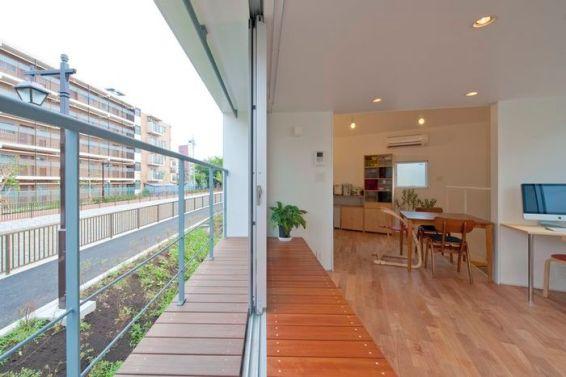 раздвижные окна придают еще больше свобожного пространства