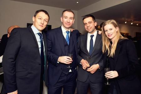 Ильдар Узбеков (крайний слева) с друзьями