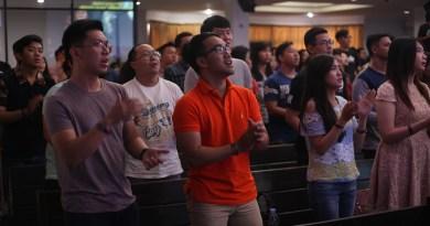 Stop Berpindah-pindah Gereja