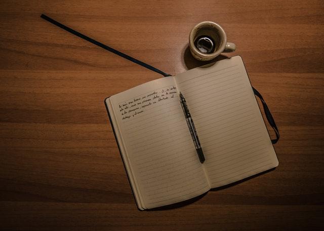 membuat agenda harian