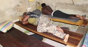 La Commission vérité gambienne a établi que, entre 1994 et 2017, au moins 41 personnes sont mortes de torture ou à cause des mauvaises conditions à la prison Mile 2. © Mustapha K. Darboe