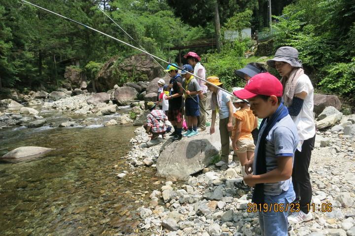 カブ隊の魚釣り