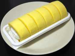 コンビニパンだ_もち食感ロール(すっきりレモンクリーム)【ローソン】_中身00