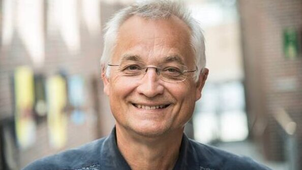 Koncertrejsens gæst, Henrik Holm