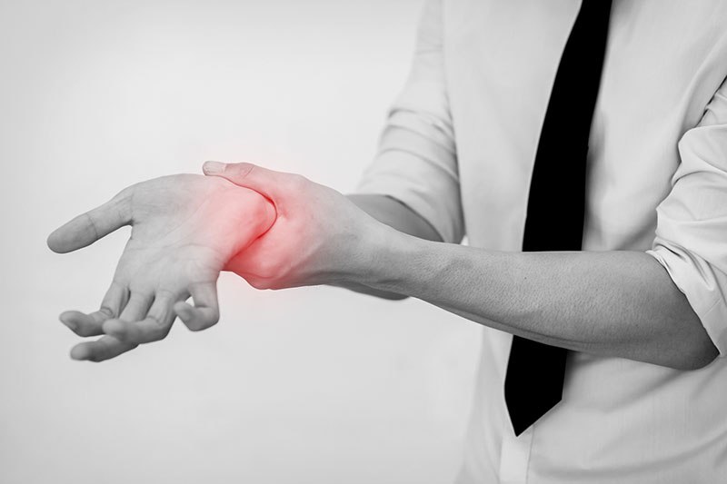 の 付け根 痙攣 親指