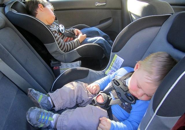 Jak kupić idealny fotelik samochodowy Image