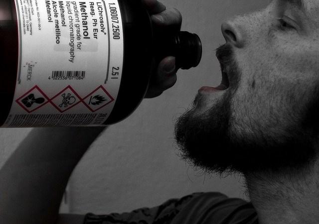 Jak się zabić? — 5toksycznych substancji dostępnych wkażdym domu Image