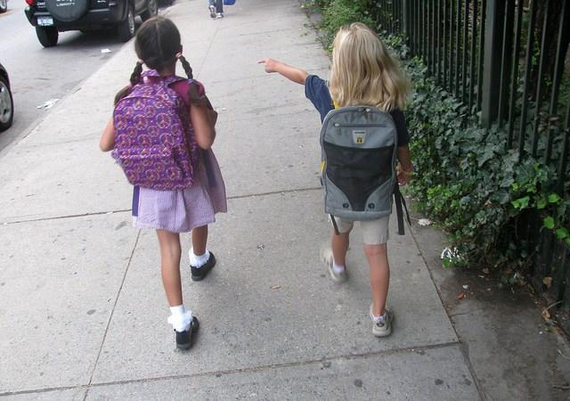 Kiedy dziecko może wracać samo ze szkoły Image