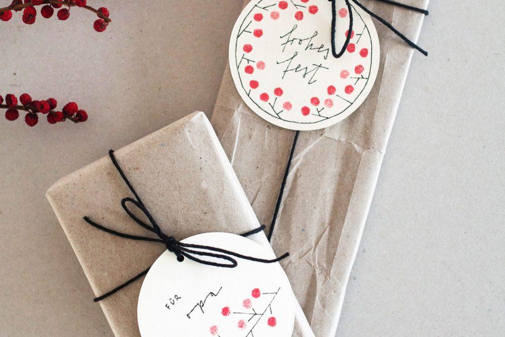 Schöne Geschenkanhänger als Bastelidee für Weihnachten