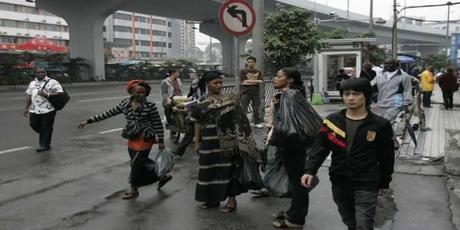 Les Africains vivant en Chine.