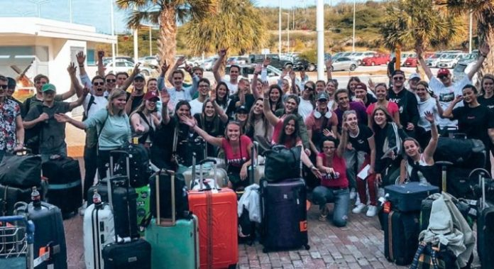 https://i1.wp.com/koninkrijk.nu/wp-content/uploads/2021/05/stage-stagiaires-jongeren-stagelopers-stagiaire-Curacao-735x400.jpg?resize=696%2C379&ssl=1