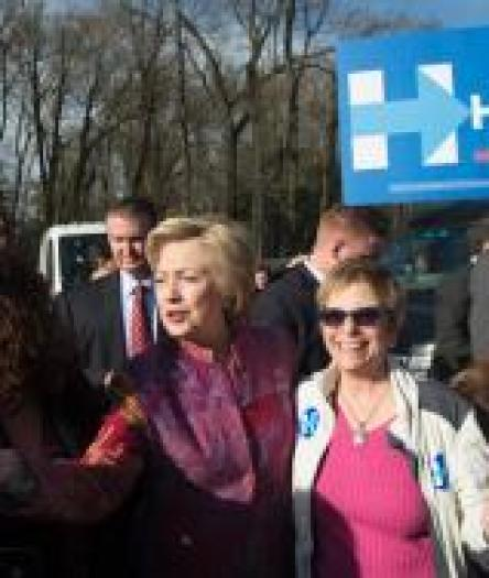 hillary-clinton-votes-chappaqua